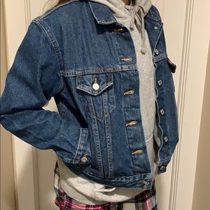 Levi'sJean Jacket size Medium